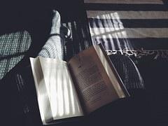 Schöne Bücher gibt es bei Pixabay! :)