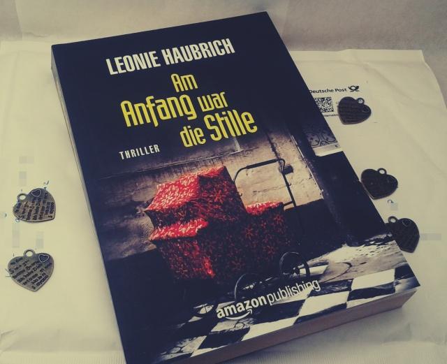 Am Anfang war die Stille von Leonie Haubrich